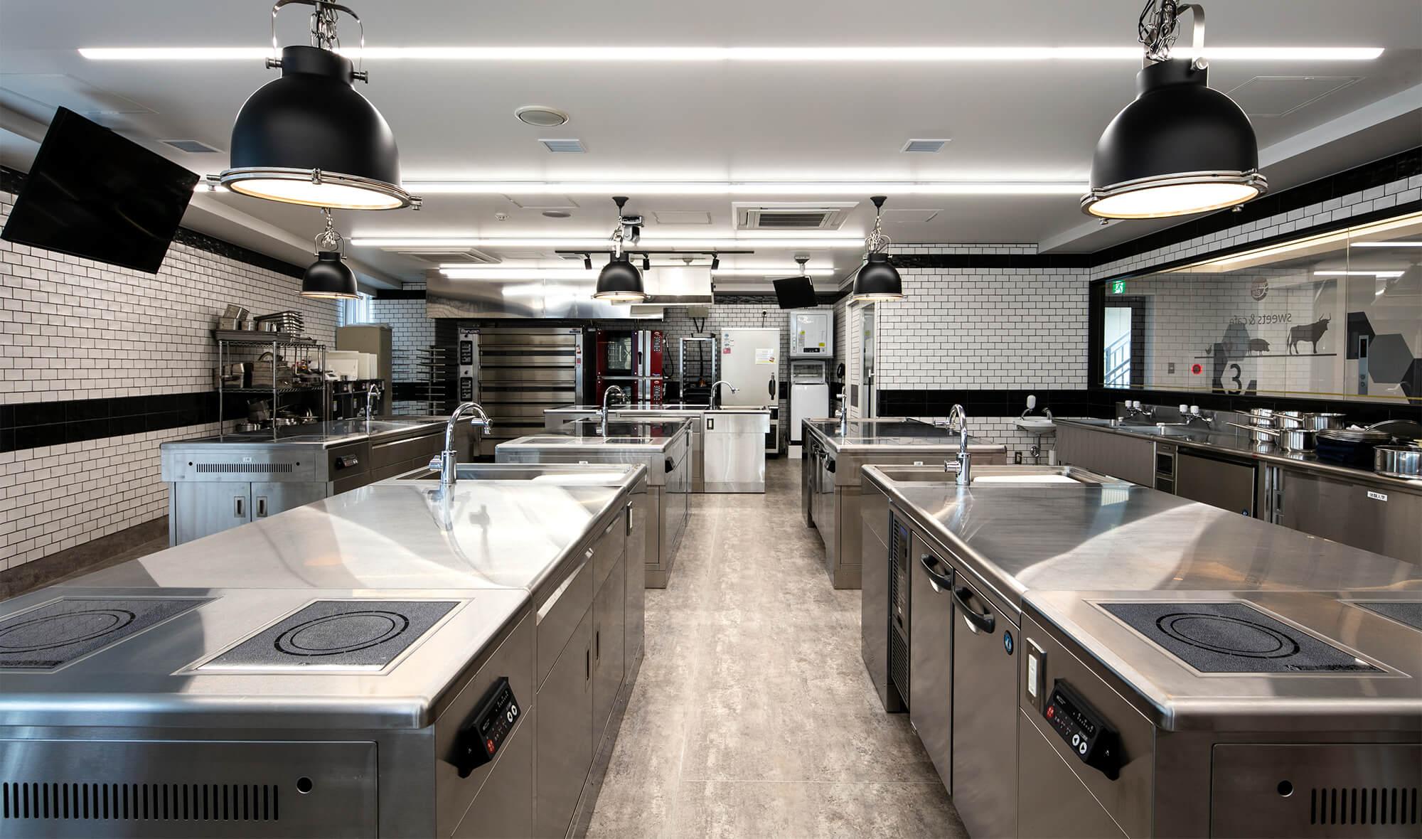 機能的な調理実習室